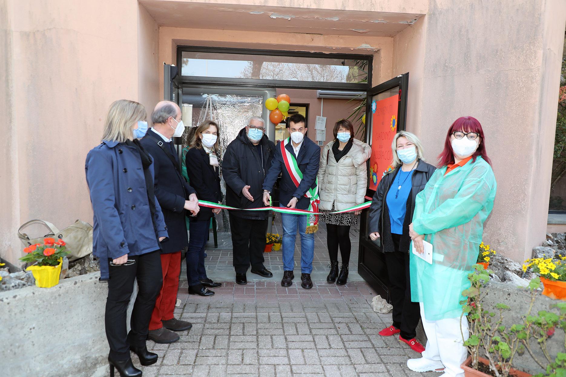 Inaugurazione stanza degli abbracci CRA Baroncini e CRA Tozzoli